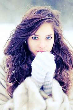 Delicate Blue Knitted Gloves for Girls