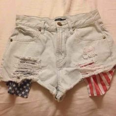 Denim High waisted shorts Denim High waisted shorts with flag pockets. Size 24. In good condition. Cheaper plus free shipping on Ⓜ️ercari Jeans