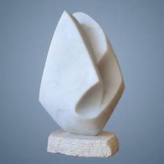 Abstracte sculptuur - kunstobject Originele creatie door Patrick Wyss, Zwitsers beeldhouwer wonen en werken in de buurt van Lausanne (Zwitserland). Marmer, met stenen beeldhouwwerk. 17 centimeter hoogte. Uniek stuk.