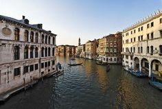 How to Travel to Italy Cheap by Catherine Roebuck via ehow