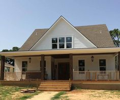 Adorable Cottage With Breezeway And Bonus - 70010CW - 04