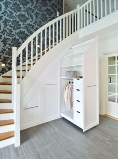 House Design Ideas New Homes Stairs Ideas Bedroom Storage Ideas For Clothes, Bedroom Storage For Small Rooms, Diy Clothes, Staircase Storage, Staircase Design, Under Stairs Storage Solutions, Under Stair Storage, Closet Under Stairs, Home Interior Design