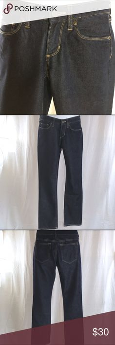 BANANA REPUBLIC Jeans - Size 26 / 2P These jeans are in new condition! The rise measures 7 1/2 inches. The waist measures 15 inches across which makes it 30 inches around. The inseam measures 30 inches. There are no flaws or spots on these. Banana Republic Jeans