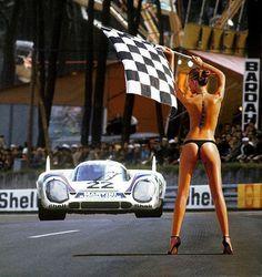 La Velocita' — Porsches at Le Mans - 1969 to 1973 by Nigel...