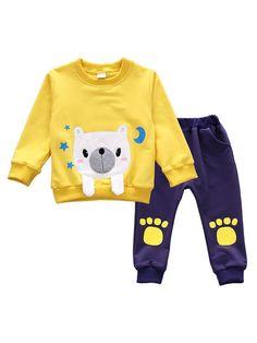 Pick from soft kid pants, cozy leggings, strong denim and cute pants. Baby Girl Pajamas, Baby Girl Pants, Boys Pajamas, Toddler Pajamas, Little Boy Outfits, Kids Outfits Girls, Baby Boy Outfits, Baby Boy Fashion, Kids Fashion