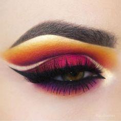 Fall ready eye look by @giulianaa using her #makeupaddictionbrushes   #makeupaddictioncosmetics