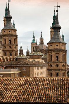 Foto zaragoza basilica del pilar - Imágenes y fotos de Zaragoza - 365x550  - Autor: Inma, Foto 3 de 71