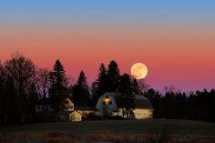 New Hampshire Moonrise by Larry Landolfi on 500px