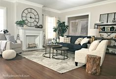 I like pop of dark couch. agreeable gray paint by sherman williams I like pop of dark couch. agreeable gray paint by sherman williams Coastal Living Rooms, Living Room Grey, Living Room Furniture, Living Room Decor, Country Furniture, Furniture Decor, Furniture Design, Dining Room, Grey Family Rooms