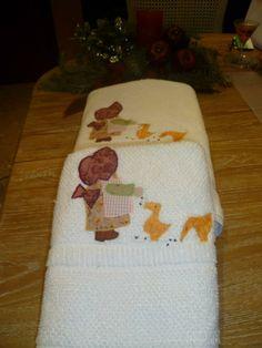 Tovalloles nena amb aplicacions