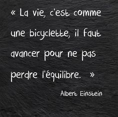 Albert Einstein a toujours raison! Citation Einstein, Albert Einstein Quotes, Great Quotes, Me Quotes, Inspirational Quotes, Funny Quotes, Plus Belle Citation, French Quotes, Quotes About Moving On