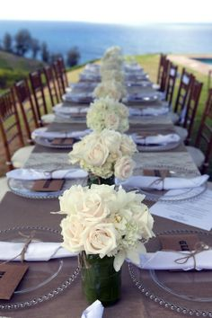 wedding #tablescape idea glass #underplate and no tablecloth