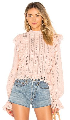 Summer fashion at Revolve. See what trends to try this summer Revolve Fashion Trends Camisa Formal, Lace Tee, Looks Cool, Revolve Clothing, Streetwear, Sweaters For Women, Cute Outfits, My Style, Womens Fashion