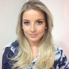 New Blonde Hair da Amanda Estanislau by Lucas Pazolinne. Make by Evandro Windson e Hair Stylist by Anderson Quindere