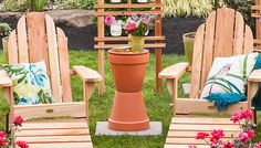 Terra-Cotta Outdoor Table -- Lowe's Creative Ideas Backyard Projects, Outdoor Projects, Garden Projects, Diy Projects, Garden Crafts, Backyard Ideas, Garden Art, Garden Ideas, Wooden Lawn Chairs