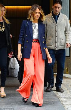 Jessica Alba wearing Prada Platform Sandals, J.Crew Double Breasted Schoolboy Blazer, Alice + Olivia Wide Leg Trousers in Coral, A. Dale Striped Top and Esbe Jewelry Sable Sapphire Pendant Necklace Jessica Alba Dress, Jessica Alba Style, Teen Guy Fashion, Star Fashion, Fashion Trends, Celebrity Dresses, Celebrity Style, Mein Style, Street Style