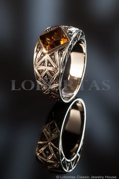 Мужской перстень с драгоценными камнями «Момент мужества». Классический ювелирный Дом Лобортас.