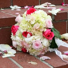 DIY Wedding Pack 100 Roses and 15 to 20 Hydrangeas - $399.99