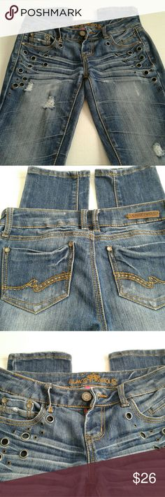 🆕ALMOST FAMOUS Skinny Jeans,  Size 5, Distressed Distressed Skinny Ladies Jeans,  Factory Distressed... One Factory Flaw as pictured,  belt loop is backwards...  30 waist and 31 inseam Low Rise Skinny Ladies Jeans Almost Famous Jeans Skinny