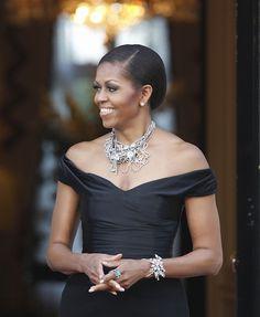Mrs Obama stuns in Binns