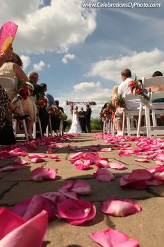 Pretty pink petals for your wedding day :) #weddingphotography #lehighvalley #berkscounty #centralpa #poconos #celebrationspa #bearcreekmountainresort www.celebrationsdjphoto.com