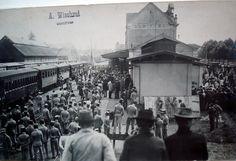 Outubro de 1912. Partiam de Curitiba, rumo a morte, comandados pelo Capitão João Gualberto, o destacamento do Regimento de Segurança, rumo à área contestada por Santa Catarina.