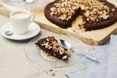 Recept från Zeta. Kladdkaka_med_svarta_bönor_li Fika, Calorie Counting, Healthy Alternatives, Healthy Baking, Nom Nom, Deserts, Goodies, Favorite Recipes, Sweets