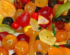 Le musée des Fleurons d'Apt est l'occasion, pour tous, de découvrir l'histoire des fruits confits et du confisage.