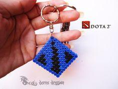 Mil ideas Scaly Dama Dragon: Llavero del logo dotas 2 con Hama beads   DIY  