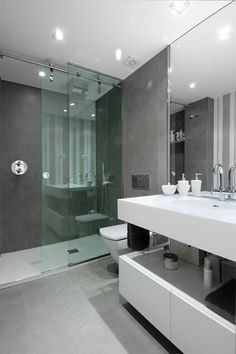 Sliding door in shower...great idea for small bathroom