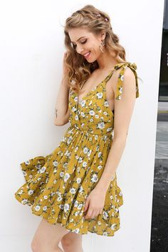 67c66082765 Backless Floral Print Short Summer Dress