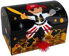 Image Coffre Pirate 33 meilleures images du tableau coffres et trésors pirates   pirate