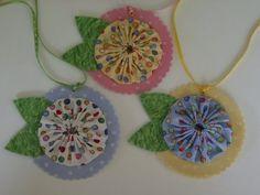yo yo flower gift tags