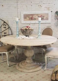 Farmhouse Round Dining Room Table Best Of Painted Cottage Chic Shabby French Linen Round Dining Table Shabby Chic Kitchen Table, Cocina Shabby Chic, Dining Room Table Decor, Farmhouse Kitchen Tables, Shabby Chic Cottage, Round Dining Table, Room Decor, Cottage Style, Round Tables