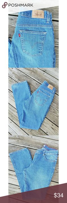 Levis 550 Relaxed Fit Boot Cut Jeans Levis 550 Jeans Relaxed Fit Boot Cut Size 8 Long  Like New Condition Levi's Jeans Boot Cut