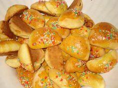 Il Mondo dei Dolci: I Petrali sono dei dolci di pastafrolla ripieni a forma di mezzaluna tipici di Reggio Calabria.