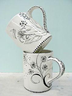 sharpie porcelain pen mugs // Sharpie Projects, Sharpie Crafts, Sharpie Art, Sharpies, Clay Projects, Sharpie Mug Designs, Pottery Painting Designs, Pottery Designs, Diy Becher