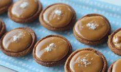 Salted caramel tarts - Kidspot