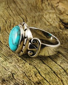 Turquoise Oval Ring with Vintage-Style Buckle Shoulders - A$69 (less 10% email signup discount) at Cybelle.com.au