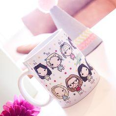 Rite Rite: Chapas y taza personalizada. Regalo a la Novia en una Despedida de Soltera