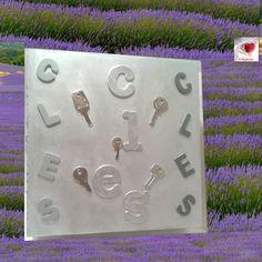 c99aec7170bd 10 meilleures images du tableau Armoire à clés   Key cabinet ...
