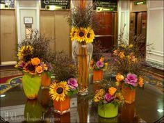 Beautiful #autumn #arrangements with #sunflowers. #flowers #cutflowers #flowerarrangement #chicago