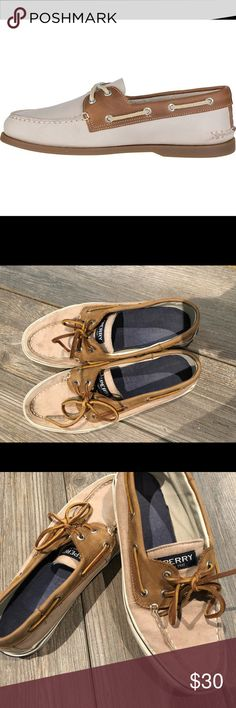 Sperry's Men Boat Shoes - 10 The Authentic Original! Sperry Top Sided Bair shoes. We're only wore a few times. No tears or damages. PRICE NEGOTIABLE Sperry Top-Sider Shoes Boat Shoes