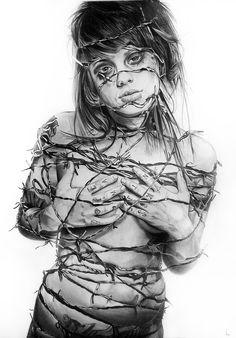 Ecorchée by Portrait Lc  https://www.facebook.com/PortraitLc  #art #drawing #Graphit #portrait #black #white