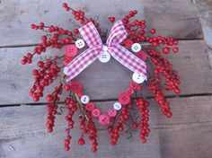 Small 9 Valentine Heart Wreath Small Space by SnowNoseCrafts