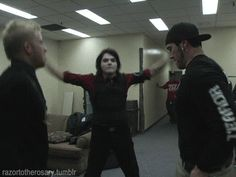 My Chemical Romance. Gerard Way and Bob Bryar. dance :D