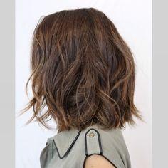 My hair color creation❤️ #brunettehair #brunette #brownhair #sunkissedhair #sunkissedhighlights #honeyhighlights #subtlehighlights #ramireztran #ramireztransalon #johnnyramirez #johnnyramirezcolor #johnnyramirezcolorist #johnnyramirezhaircolor #original