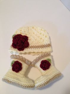 Crochet Baby Hat, Crochet Baby Booties, 0 to 3 Months
