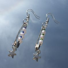 Weird Jewelry, Funky Jewelry, Hippie Jewelry, Cute Jewelry, Kpop Earrings, Cute Earrings, Beaded Earrings, Silver Earrings, Bead Jewellery