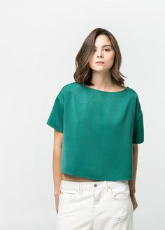 Textured boxy top (round neck, dropped shoulder seams, short sleeves, poly)